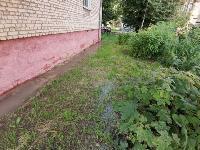 В Пролетарском районе Тулы затопило улицы и дворы: вода хлещет из колодцев, Фото: 22