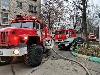 На улице Металлургов в Туле загорелась квартира , Фото: 18