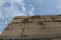 В тульском селе сносят незаконные цыганские постройки, Фото: 10