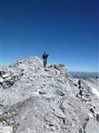 Директор Русского центра в Мерано А.Э. Прусс осматривает австро-венгерские позиции на  высоте 3250 м., Фото: 3