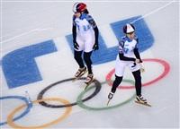 Слева направо: Баранок Екатерина и Татьяна Бородулина (Россия) на тренировке сборной по шорт-треку перед началом XXII зимних Олимпийских игр в Сочи., Фото: 13