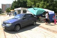 В Туле легковушка протаранила торговую палатку, Фото: 3