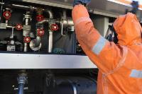 25 пожарных расчетов ежедневно дезинфицируют тульский транспорт и остановки , Фото: 5