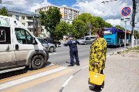 Полицейский рейд в тульских маршрутках: на пассажиров без масок составляют протоколы, Фото: 15