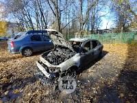 Ночной пожар в Петелино: огонь повредил три автомобиля, Фото: 8