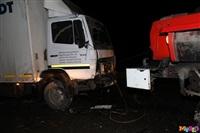 Под Тулой столкнулись грузовой Mercedes и «семерка», Фото: 1