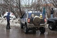 В Туле опрокинувшийся в кювет BMW вытаскивали три джипа, Фото: 31