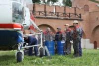 В кремле приземлился вертолет, который установит шпиль колокольни, Фото: 13