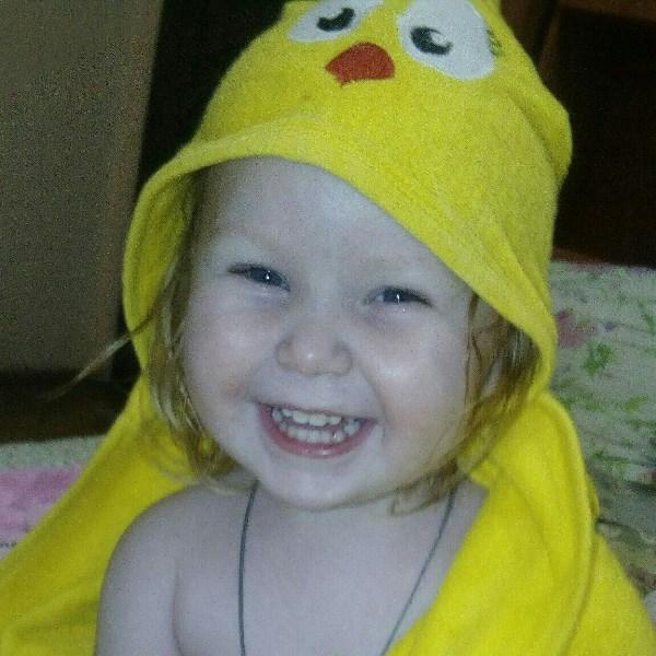 Девчушка-хохотушка!!!))))))))))