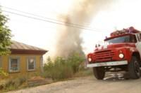 На улице Патронной загорелся частный дом, Фото: 11