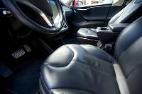 Владелец первого электромобиля Tesla рассказал, почему теперь не хочет ездить на других машинах, Фото: 4